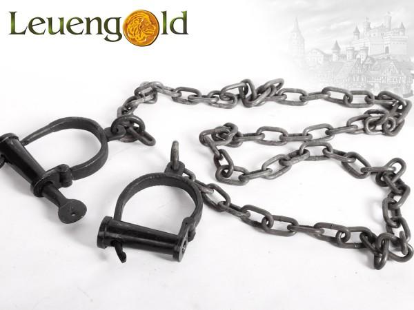 Handschellen mit extra langer Kette